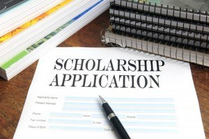College scholarship application to obtain free grant money for school