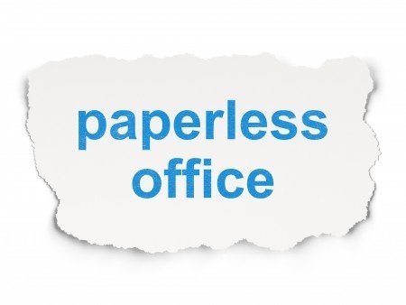 There are many benefits to running a paperless business. There are environmental benefits as well as less waste and potentially lower costs